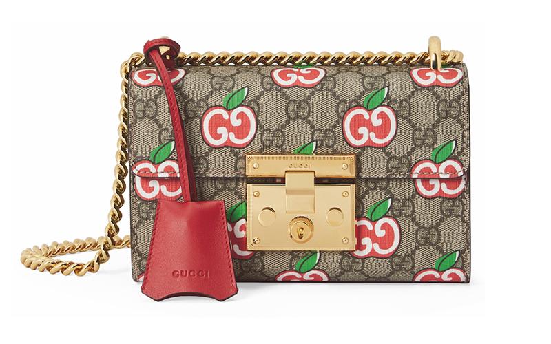 グッチの最新作バッグはなんとGGがアップル柄!その遊び心はさすがと話題!