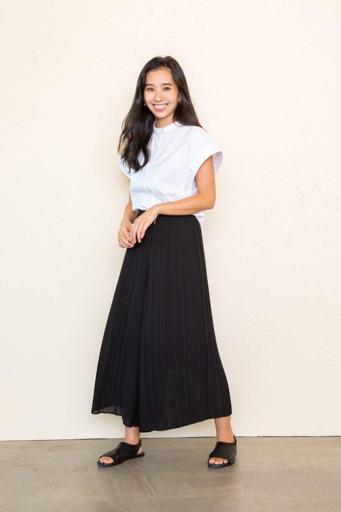 スカートのようなフレア感が少な