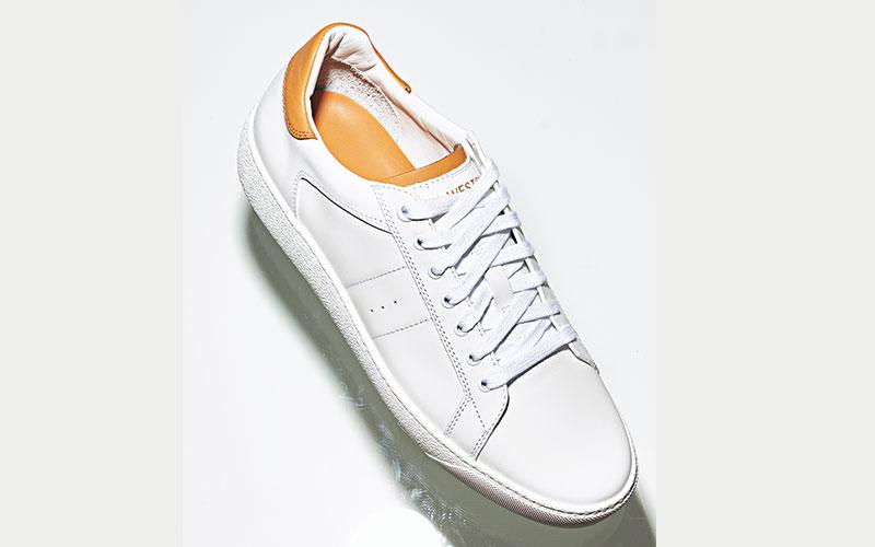 白×キャメルの上質なカーフレザ