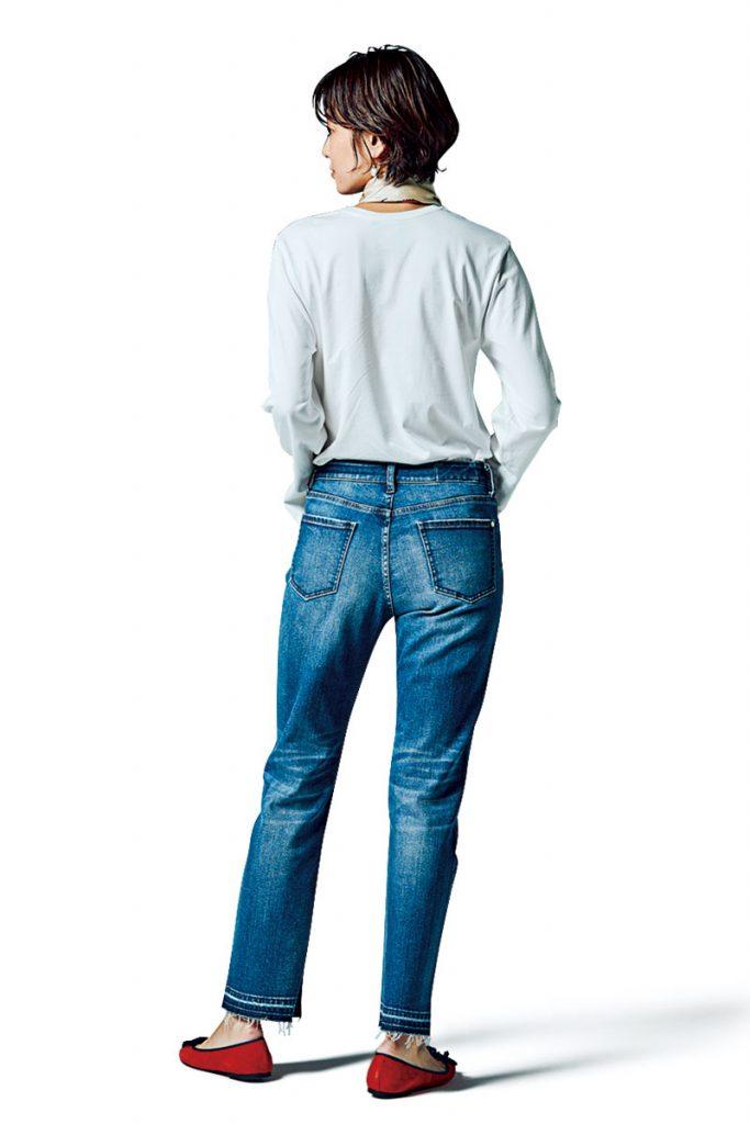 Back リング¥7,400 3連リング¥8,060(ともにパズコレクティブ/ZUTTOHOLIC)シューズ¥24,000(プリティ・バレリーナ/F.E.N.)