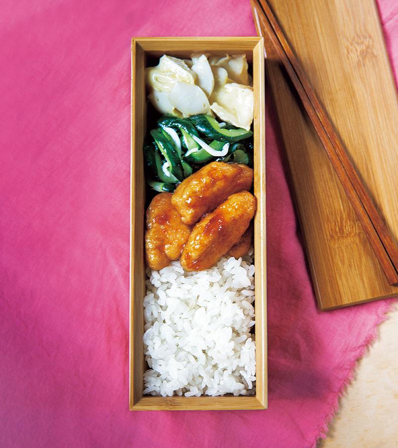 ご飯とともに楽しめるおかず3品を詰めた王道のお弁当