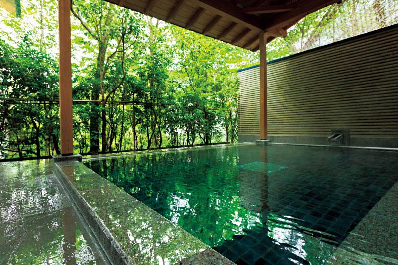 那須高原の豊かな自然に囲まれた