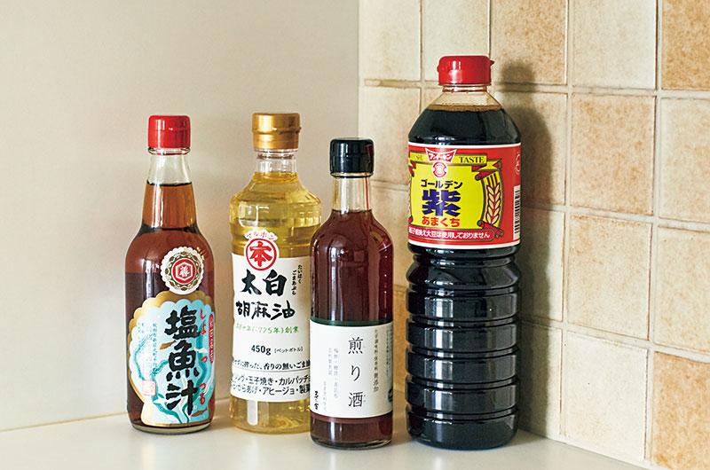 【左】塩魚汁(仙葉善治商店)