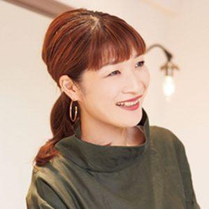 紹介してくれたのは「EMBELLIR アンベリール 鈴木富美子さん」 毛髪診断士の資格を持っているため、頭皮ケアに知識が豊富。