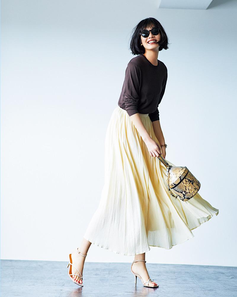 【今日の服装】秋口に映える「ニット」の着こなし方は?【アラサー女子】