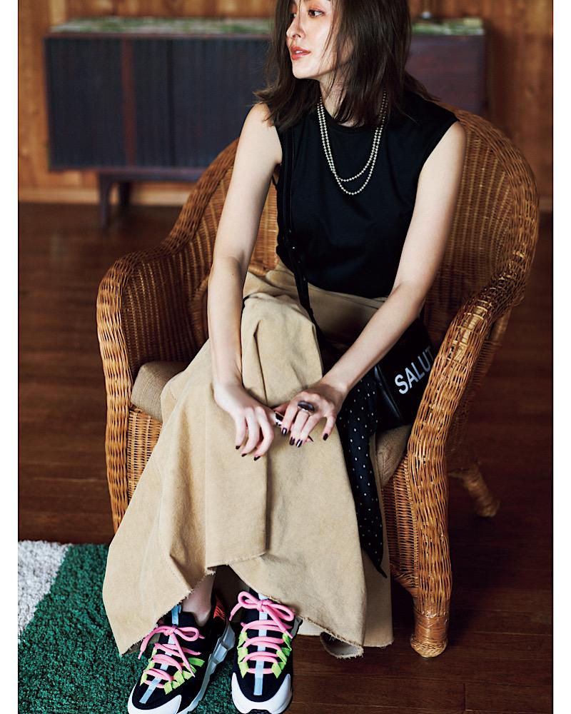 【今日の服装】「シンプルなのにどこかオシャレ」なスカートコーデって?【アラサー女子】