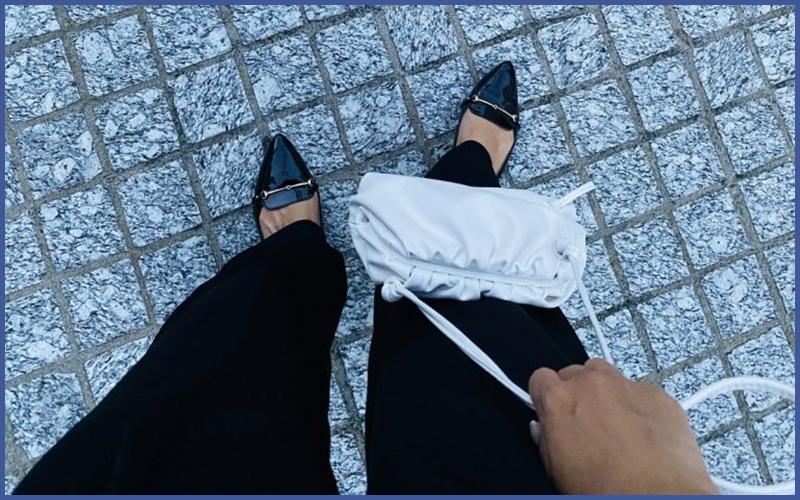 ワンマイルコーデに合わせやすい絶対使えるバッグって?