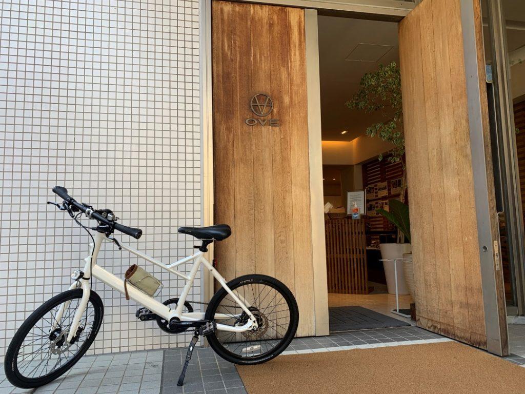 """ヘルシーなカフェも併設!""""自転車のコンシェルジュ""""南青山『OVE』"""