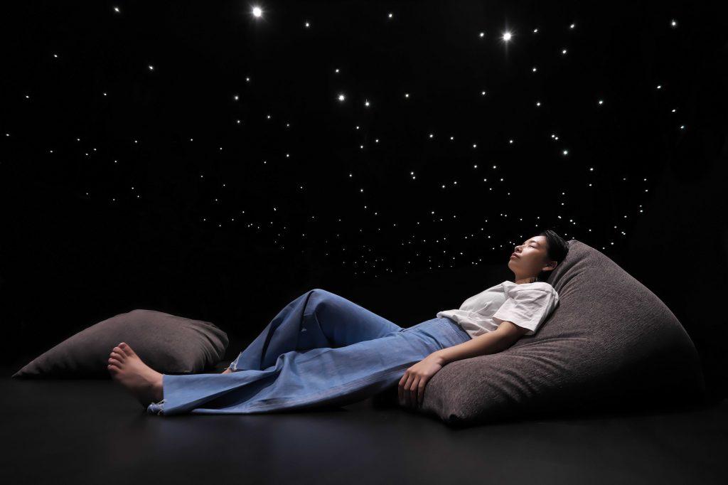話題の「メディテーション体験」 洗練された非日常空間で五感を解放!