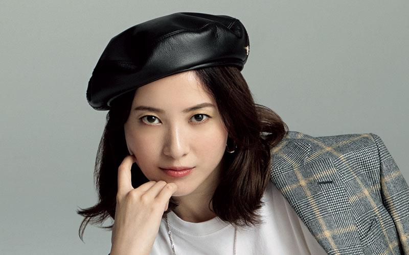 吉高由里子が着こなす「大人可愛いCLASSY.カジュアル」