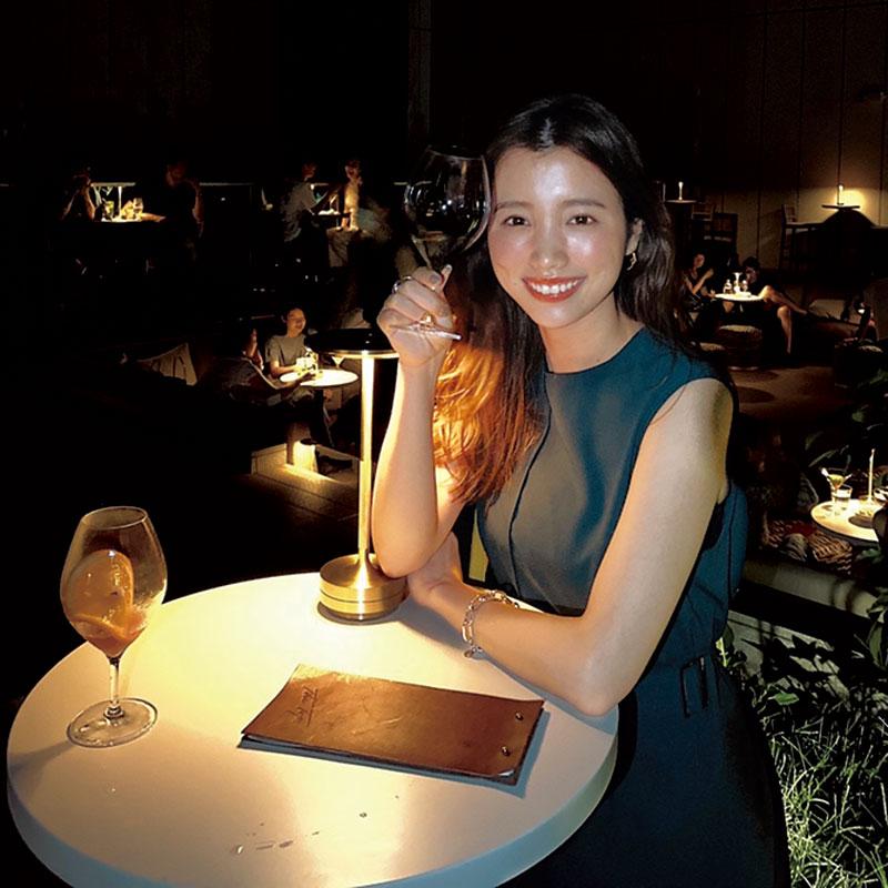 東京に来て驚いたのがオシャレなお店が多いこと。中でも海外みたいなルーフトップバーに夢中です。テラスなら友達とオシャレして集まれていいですよね!最近は青山グランドホテルのバーがお気に入り。