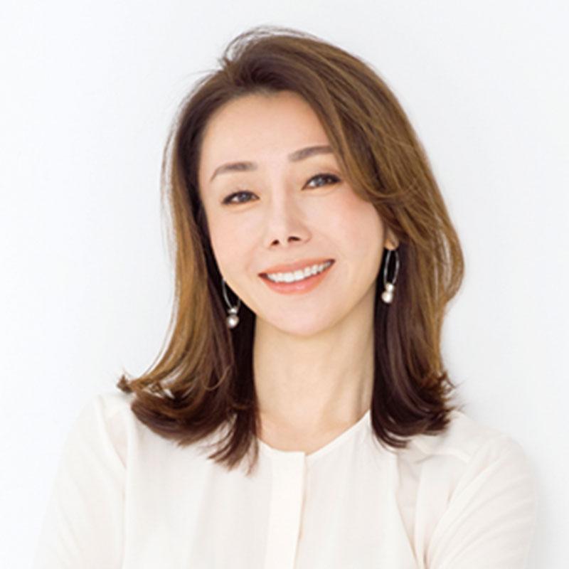 ●美容家・山本未奈子さん MNC NewYork代表取締役・Bé-A Japan代表取締役。NYの美容学校で皮膚理論やメソッドを学び、教鞭もとる。
