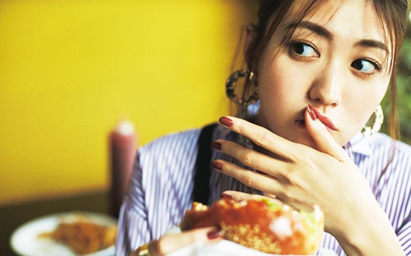 ぽっこりお腹&汚れが気にならない「柄ワンピコーデ」【ハンバーガー編】