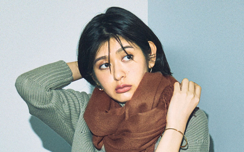 アラサー女子の「高見え秋コーデ」5選【ストール編】