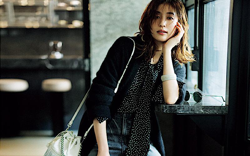 【今日の服装】重く見えない「ブラックコーデ」の着こなしって?【アラサー女子】