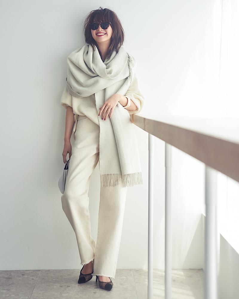 【今日の服装】ダサく見えない「オールホワイトコーデ」の正解は?【アラサー女子】