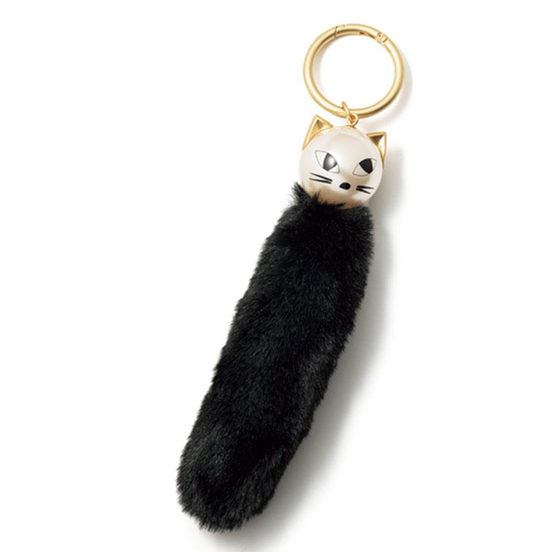 ルル ギネスで人気の猫モチーフシリーズからバッグチャームが登場。キャットチャーム〈直径25〉¥8,500〈※参考価格〉(ルル ギネス/LULUGUINNESS.COM)