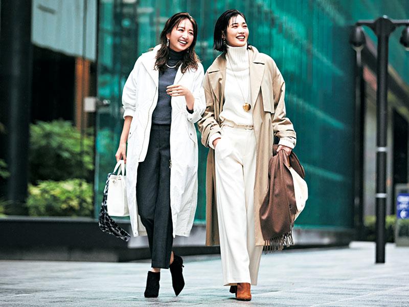 【右】冬のホワイトコーデは通勤スタイルでも楽しんで【左】アウターのカジュアル感を中和するグレーパンツが鍵