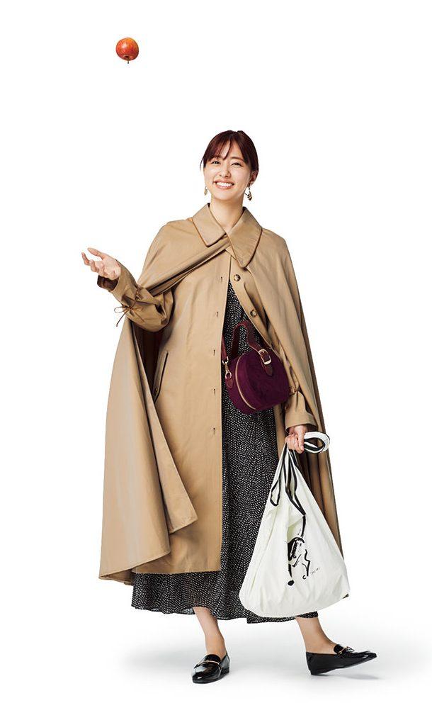 秋冬ファッションの王道トレンチ