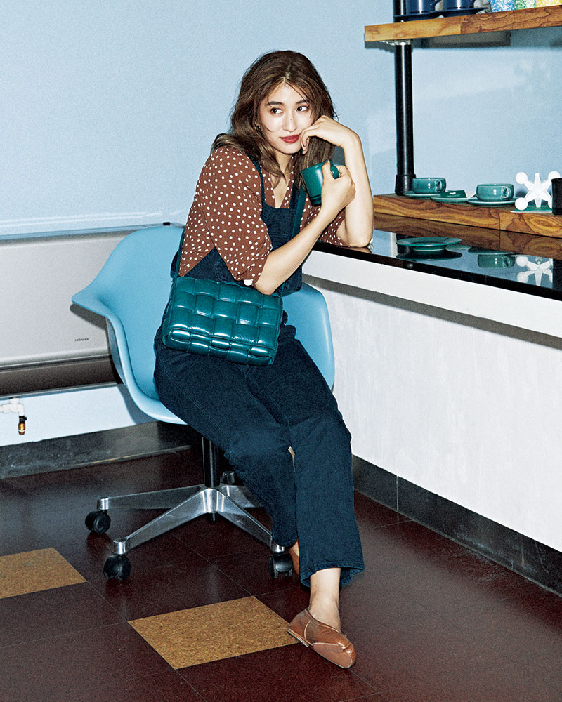 BAG…BOTTEGA VENETA OVERALLS…ALEXA CHUNG for AG BLOUSE…Rouje SHOES…Maison Margi