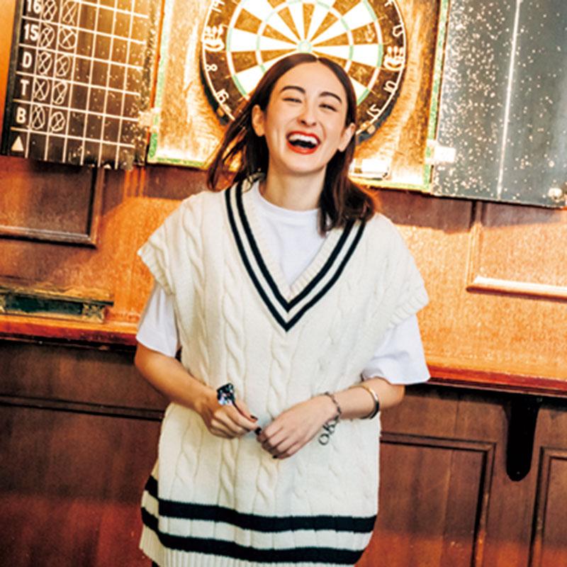 ダーツ 500年以上前にイギリスで発祥したダーツ。トラッドな装いで仲間と楽しめば、パブでの映えるワンシーンに。