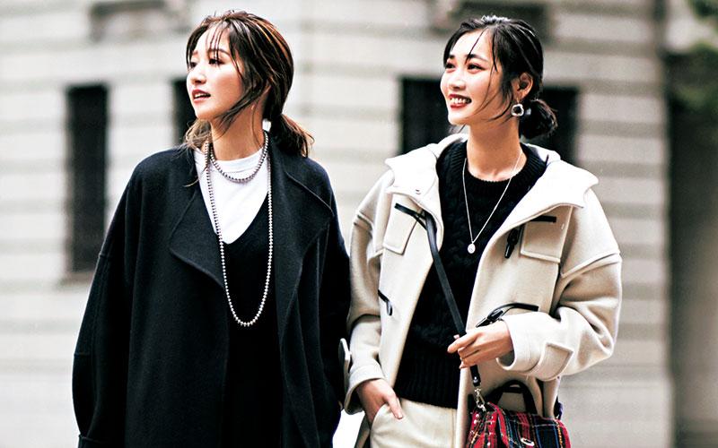 アラサー女子の通勤服で着回しやすい「2本のパンツ」【冬のコートコーデ編】