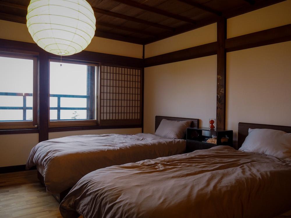 客室は2階に3部屋あり、どのお
