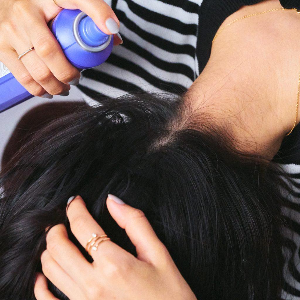 「顔のフロント部分の髪にボリュ