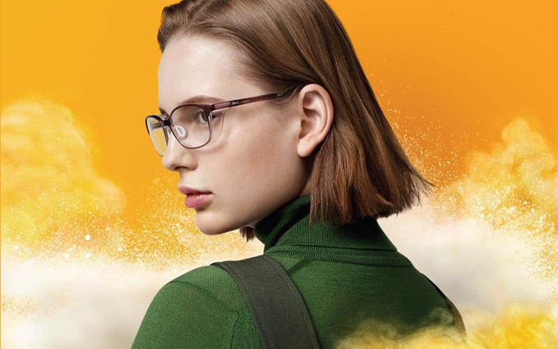 「花粉と⾶沫」を 92%カット!JINSの人気メガネが再登場
