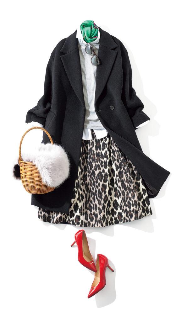 レオパード柄のスカート&赤パン