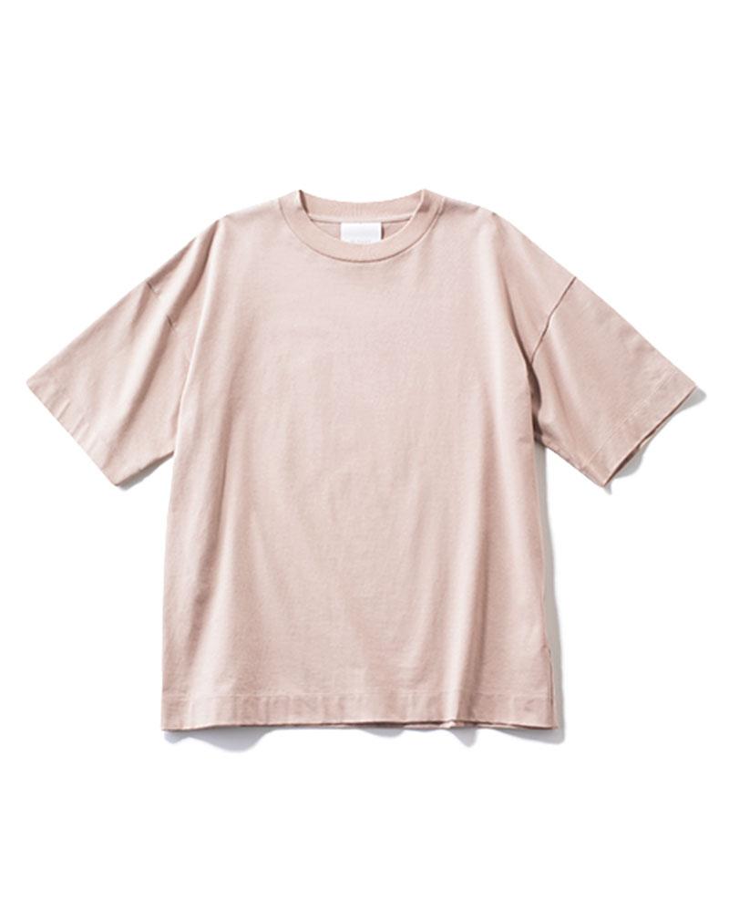 Tシャツ¥9,800