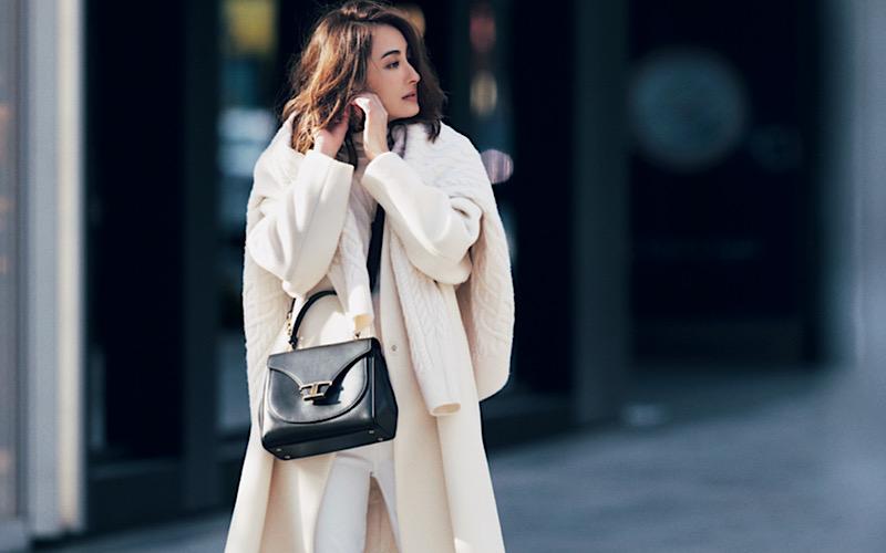 【今日の服装】スタイルが悪く見えない「白コーデ」の正解は?【アラサー女子】