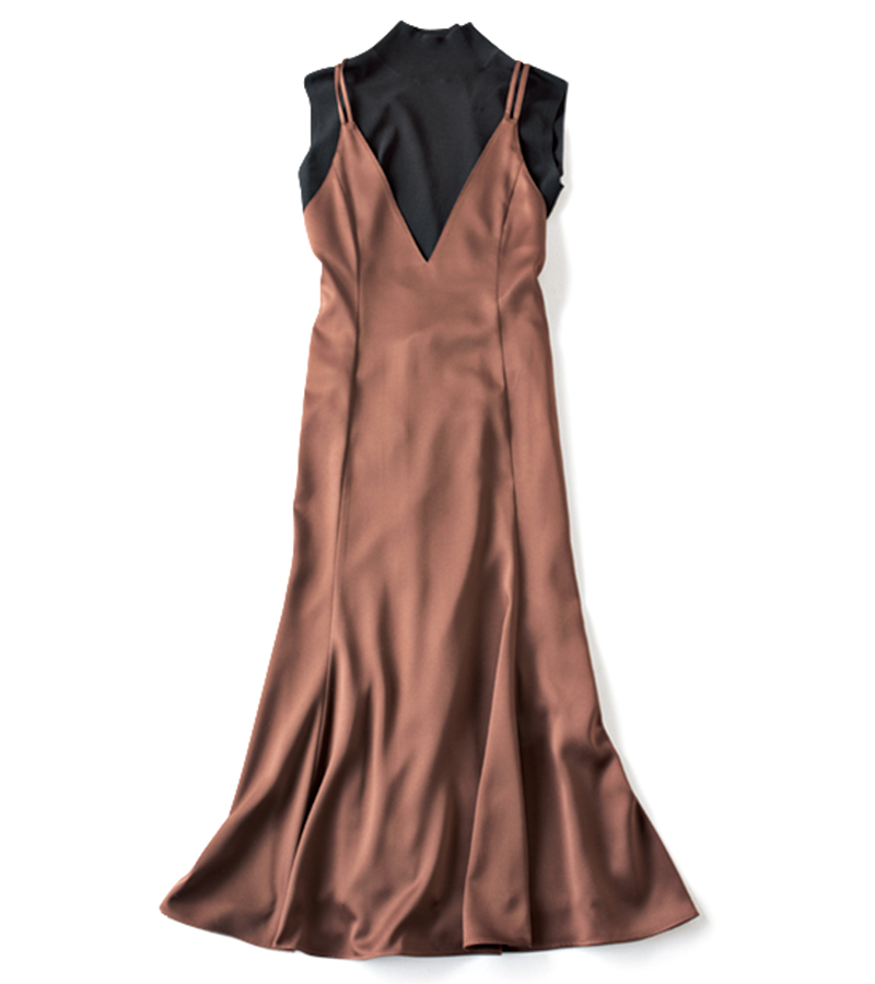 【L】体を締め付けないキャミワンピ(ノースリニットセット) 着るだけで仕上がるからオシャレが楽ちんなニット×ワンピースセット。単品ずつでも着回し力高め! ¥24,000(CELFORD)