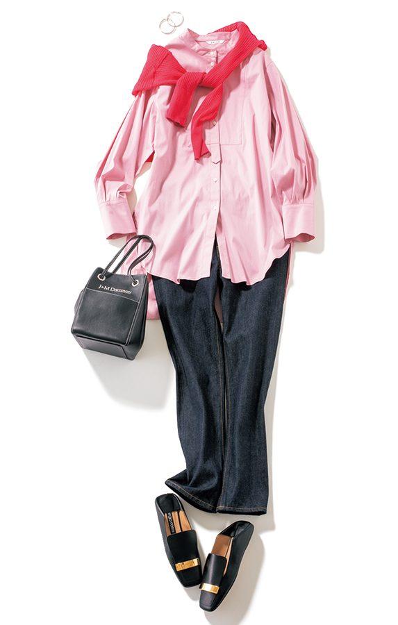カーディガンとシャツのピンクグ
