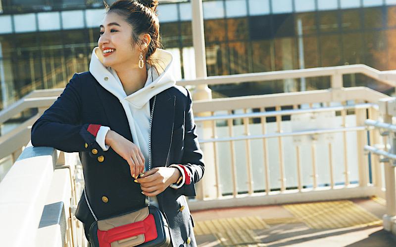【今日の服装】マンネリ化しない「フーディ×ジャケット」の正解は?【アラサー女子】