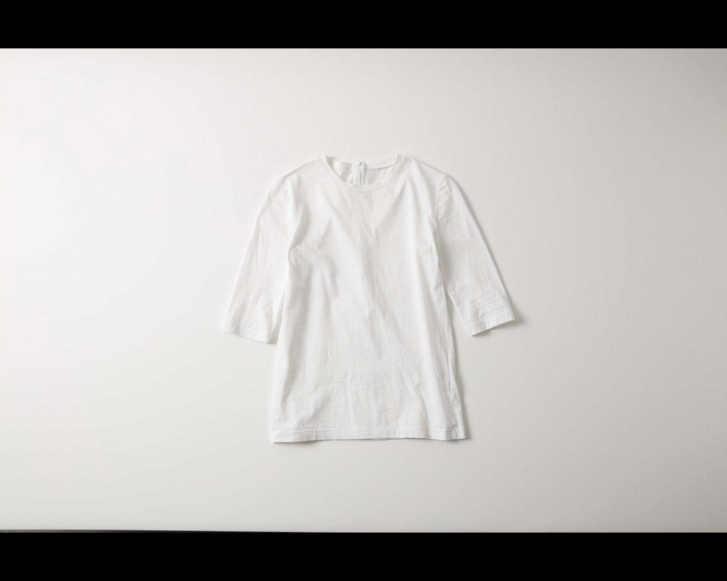 危険!その白Tシャツ、古臭く見えてしまうかも⁉【お休みすべきベーシック服②】