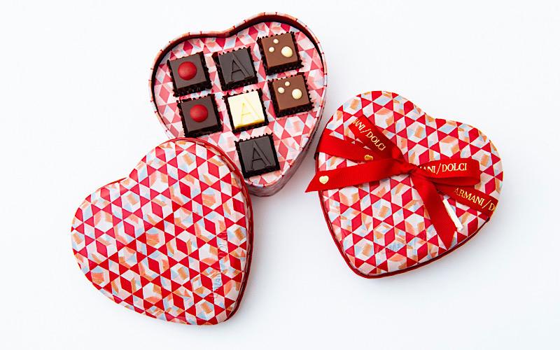 【アルマーニ】カレに喜ばれる「バレンタインギフト」18選【チョコ、ステーショナリー他】