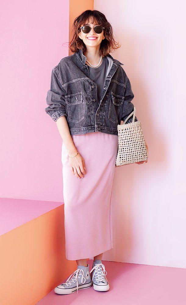 可愛いピンクのスカートも、長め