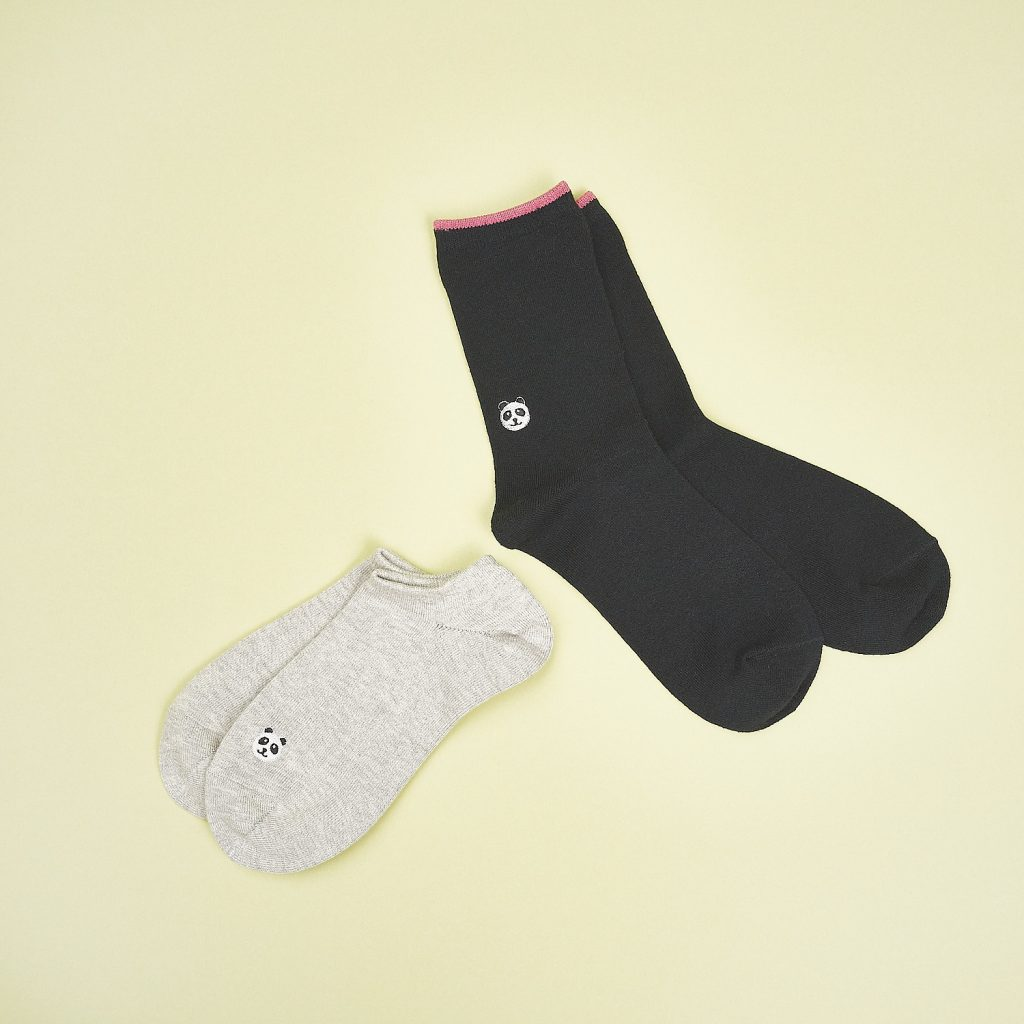 靴下各¥385(靴下屋/タビオ