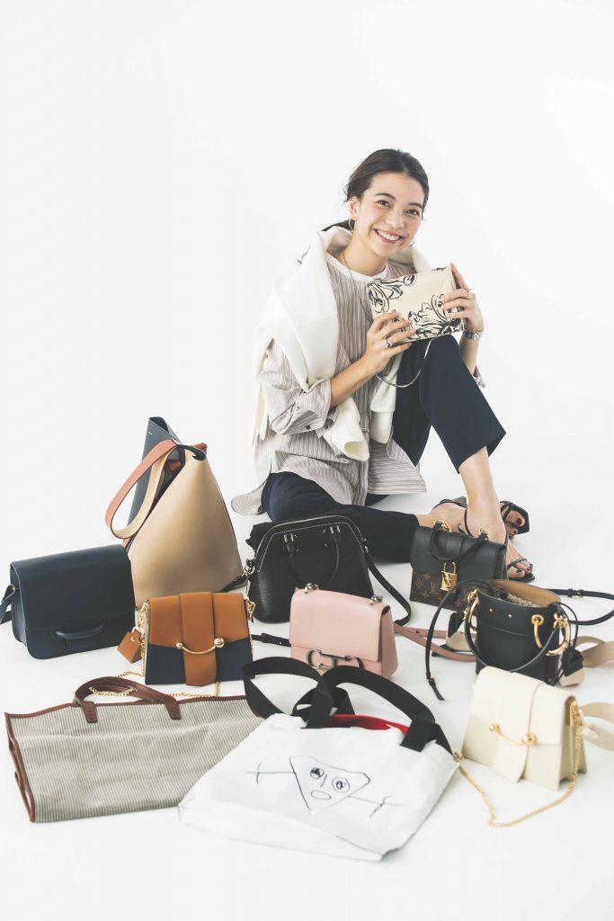 「実は服もバッグもたくさん買う