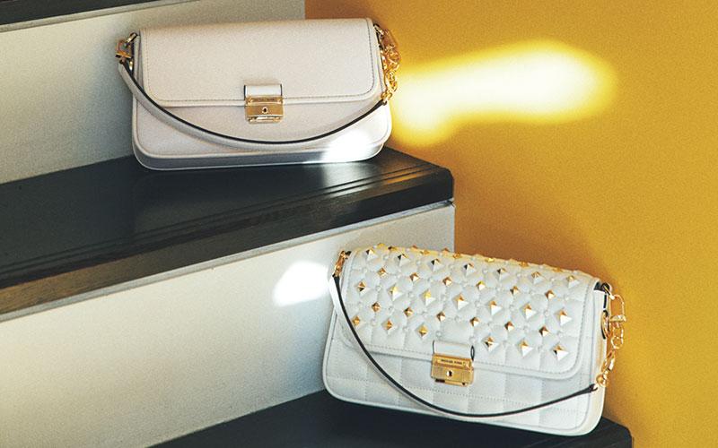 小さいぶん、手を出しやすい価格の「ブランドバッグ」7選