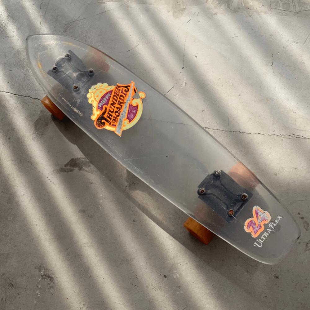 スケートボードを使った撮影で、