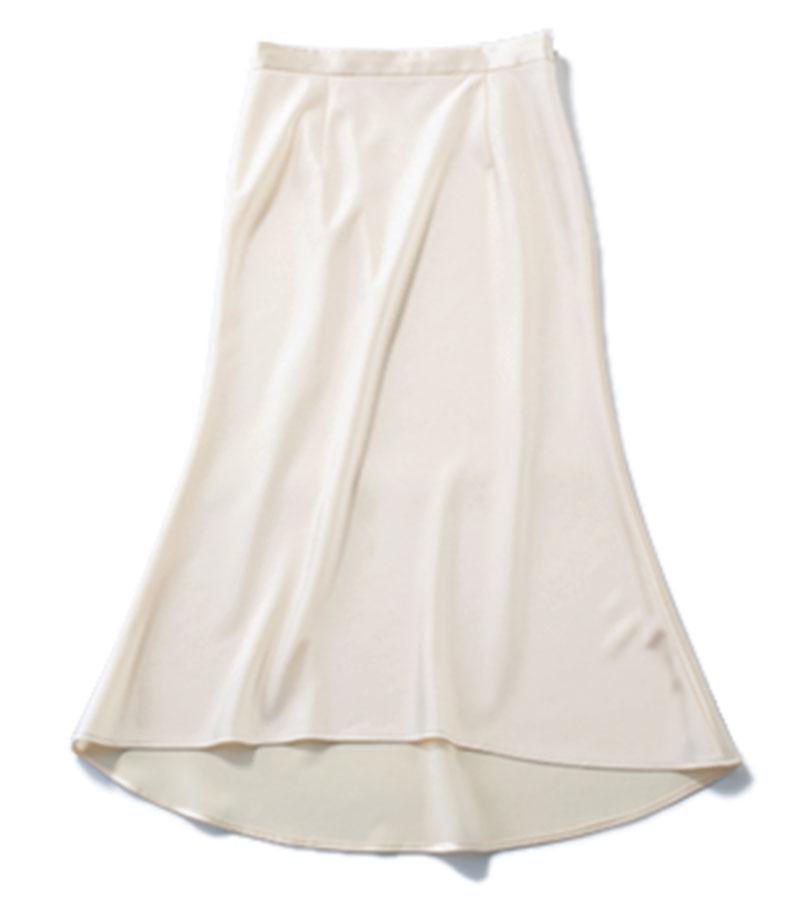 【5】ナロースカート 通年使える万能さ。¥26,400(ドローイング ナンバーズ/ドローイング ナンバーズ新宿店)