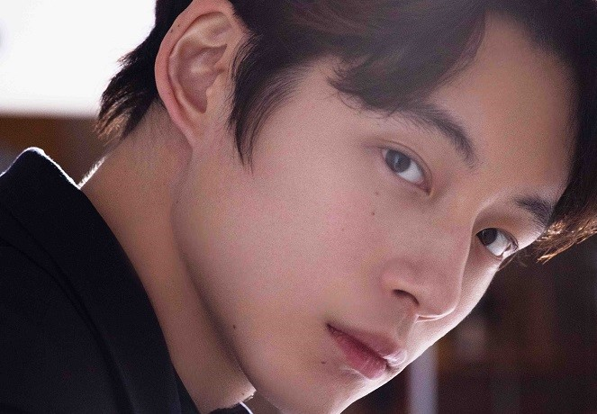 坂口健太郎さんインタビュー【前編】|「とりあえずやってみるしかない」