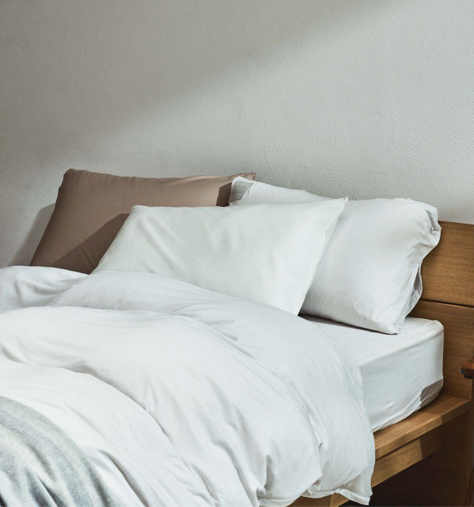 「まくら」の替え時ポイント&選び方4つ【快適な睡眠のコツ】