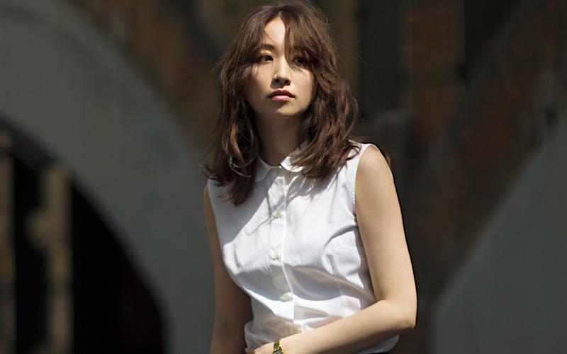 【今日の服装】初夏でも涼しげな「モノトーンコーデ」って?【アラサー女子】