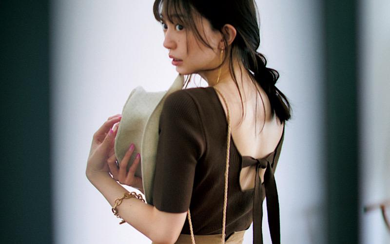 【今日の服装】エロく見えない「背中開きトップス」コーデって?【アラサー女子】