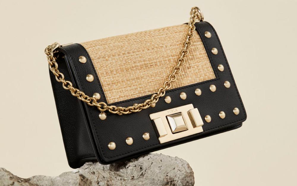 レザー×ラフィアが映える♡「フルラ」の新作バッグで夏気分!