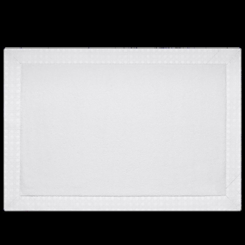 バスマットとタオルには、白また