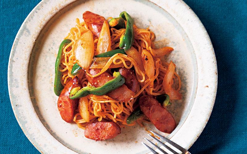 【ナポリタン焼きそば】「絶対に余りがちな調味料」を簡単に使い切れるレシピ